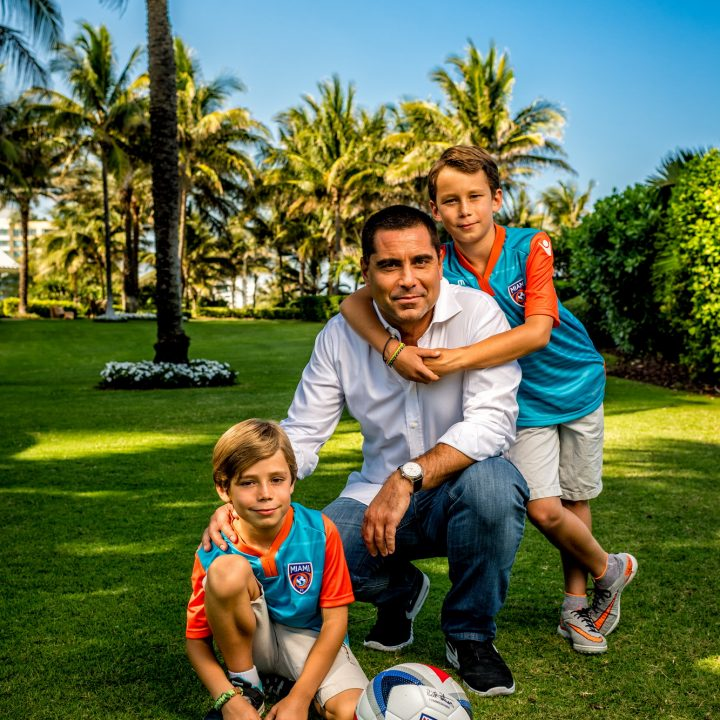 Riccardo Silva with his boys in Miami